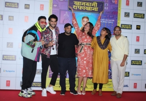 Sonakshi Sinha and Badshah at the launch of a song from their film 'Khandaani Shafakhana'
