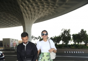 Sonam Kapoor Ahuja and Anand Ahuja snapped at Mumbai Airport