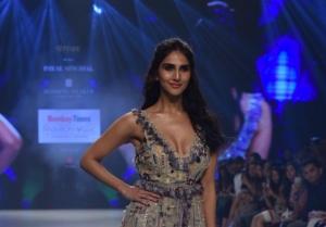 Vaani Kapoor Walks The Ramp For Bombay Times Fashion Week 2019