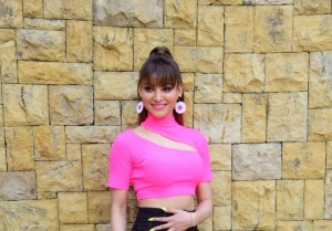 Star Cast of 'Pagalpanti' snapped promoting the film in Mumbai
