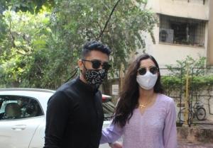 Gauhar Khan zaid darbar celebrating her first Ramadan post marriage