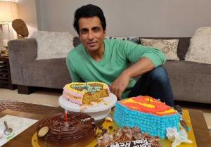 Sonu Sood Birthday Celebrations