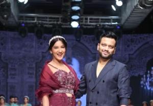 Gauahar Khan walk the ramp at the Bombay Times Fashion Week 2021