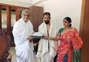 Raghavendra Rajkumar Meets Veerendra Heggade In Dharmasthala