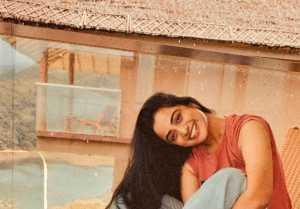 സിമ്പിൾ ലുക്കിൽ സ്റ്റൈലൻ ഗെറ്റപ്പിൽ നമിത പ്രമോദ്, ചിത്രം കാണൂ