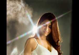 Nabha Natesh ఇస్మార్ట్ శంకర్ బ్యూటీ హాట్ లుక్స్.. చీరకట్టులో ఘాటైన అందాలు