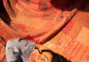 അതീവ ഗ്ലാമറസായി ദുല്ഖറിന്റെ നായിക; എക്സ്ട്രാ ഹോട്ട് എന്ന് ആരാധകര്