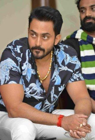 Aa Karaala Ratri Movie Press Meet