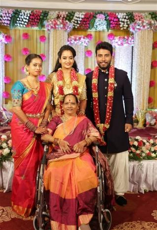 Actress Suja Varunee and Sivakumar Wedding Reception Photos