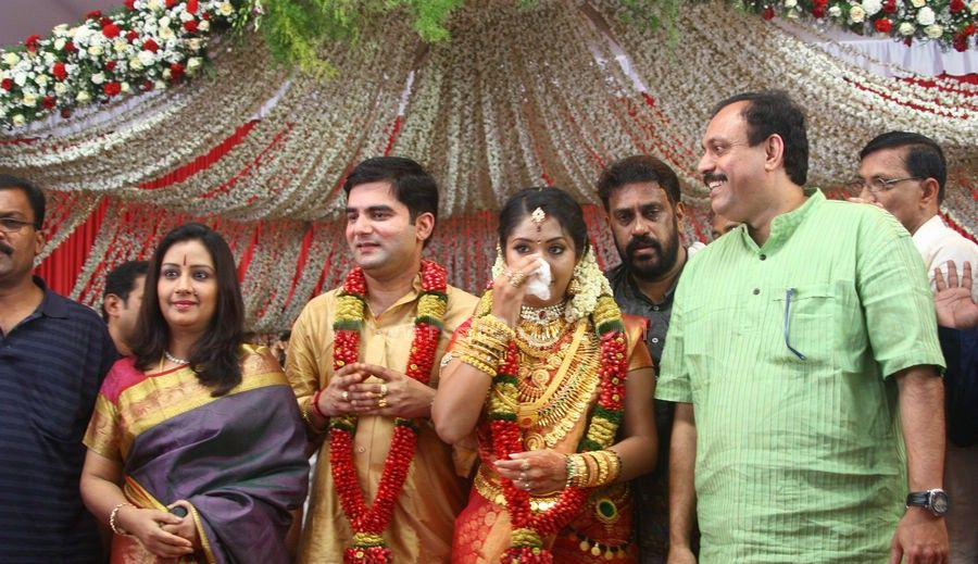 Navya Nair and Santhosh Menon wedding