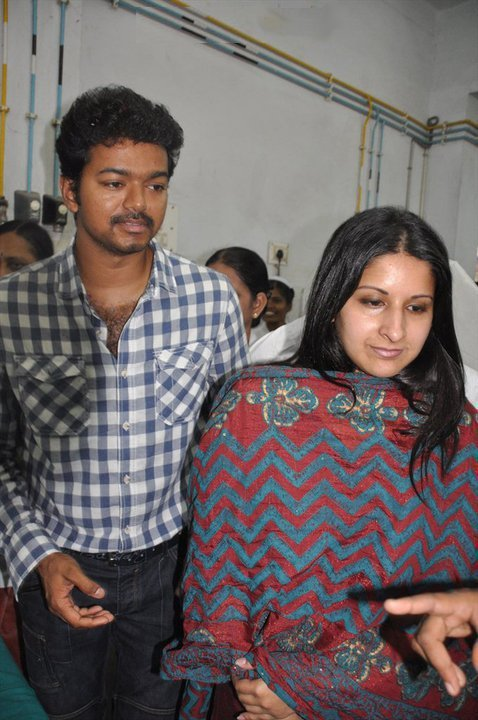 Vijay & his wife Sangeetha