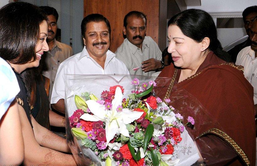 Jothika welcomes CM