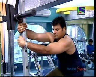 dayasir in gym
