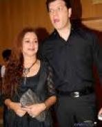 aditya with wife zarina