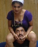Drogam hot stills