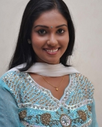 Suttum Vizhi Sudare first look
