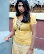 Bhivaneswari-hot-stills-1