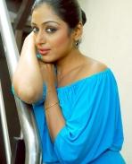 Padmapriya-hot-stills-1
