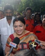 Kushboo-Joins-DMK-Stills-1