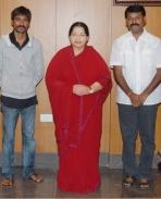 Aadukalam team meets CM