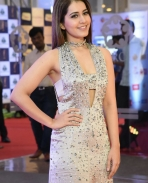 Raashi Khanna at gaana awards