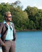 chakravarthy movie latest Photos