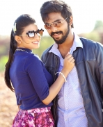 Enakku Innoru Per Irukku new stills Set 2