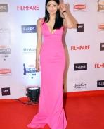 Kajal Aggarwal at Filmfare Awards 2016