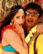 Madha Gaja Raja Movie Stills