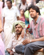 Ambi Ning Vaisaaitho movie latest pics