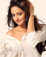 Shanvi Srivastava hot photos