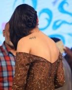 Shruti Haasan latest hot stills