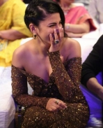 Shruti Haasan latest hot stills