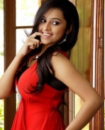 sri divya in modern look