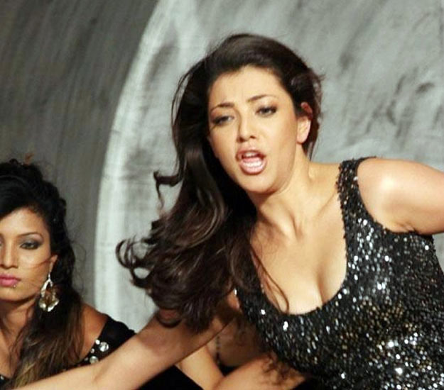 kajal Aggarwal hot stills 05