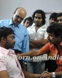 S Narayan met Raghu in the hospital