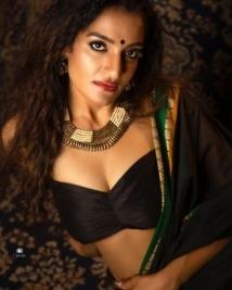 sonia naresh latest stills