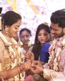 Nikhil Kumaraswamy Revathi Engagement photos