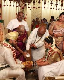 nihkil gowda marriage photos