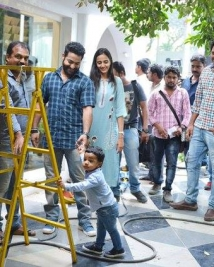 Jr-ntr with his son on the sets of Janatha garage