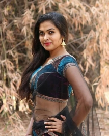 divi vadthya photos