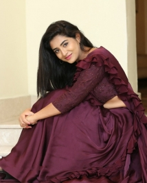 rashi singh latest stills