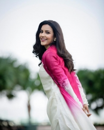 Priya Anand Latest Photos Set 213