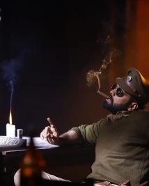 avane Srimanaryana movie latest pics