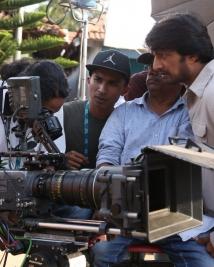 Ambi Nenage Vaisatho movie latest working pics