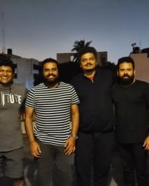 yuvarathnaa movie stills
