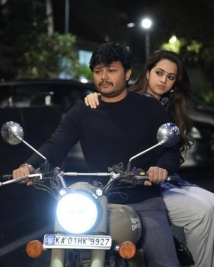 99 movie latest pics