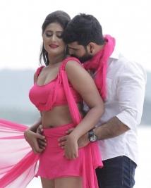 anushka movie latest pics