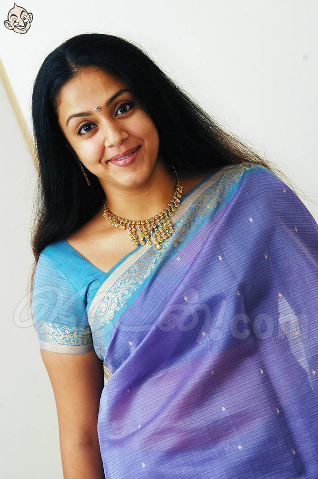 Jyothika Nude Photos 31