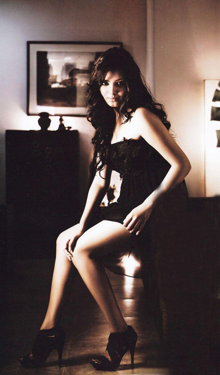 Samantha 01